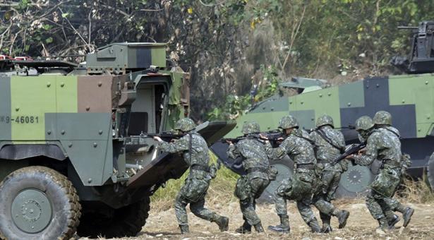 'গোপনে' তাইওয়ানের সেনাদের প্রশিক্ষণ দিচ্ছে যুক্তরাষ্ট্র